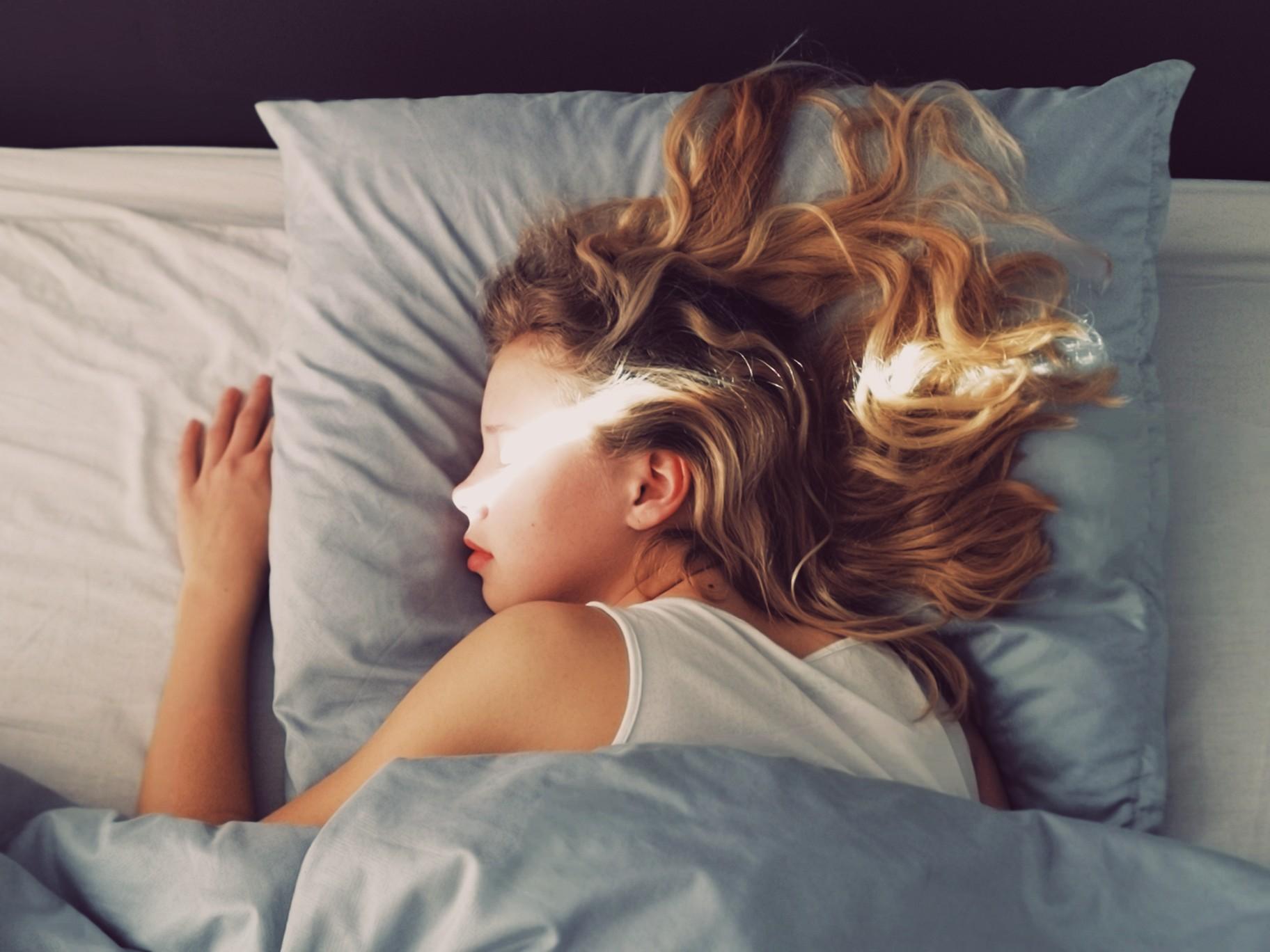 oreiller-sommeil-femme